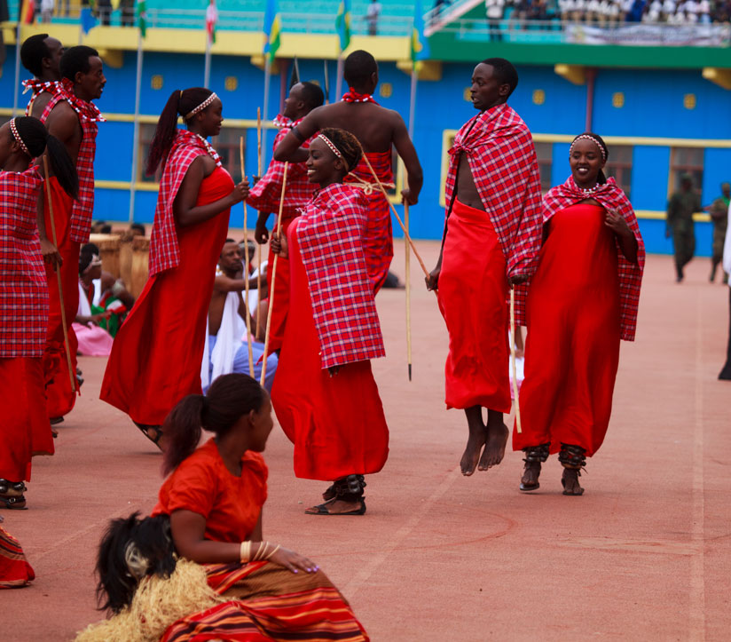 1470697372Inganzo-ngari-group-entertains-guests-with-different-cultural-dances-of-EAC