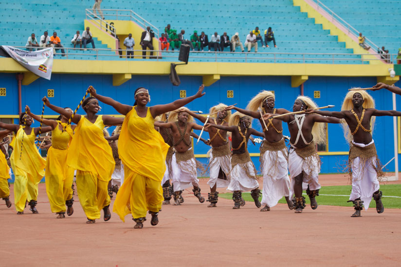 1470697741Inganzo-ngari-group-entertains-guests-during-the-opening-ceremony-of-10th-EAC-military-games-and-cultural-event-yesterday-in-Kigali