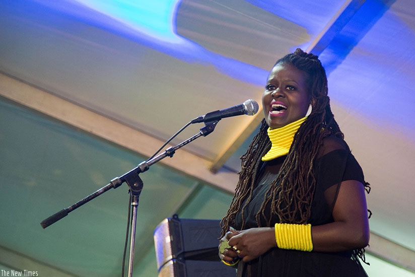 US-based Rwandan jazz singer, Somi treated her fans to an exclusive performance at Kigali Marriot Hotel on Tuesday night. All photos by Nadège Imbabazi.