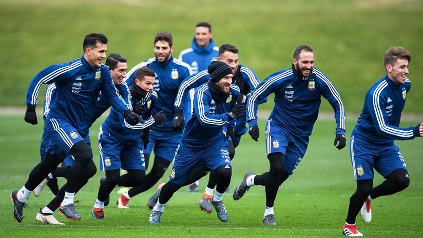 Argentina, led by Lionel Messi, train in Manchester in preparation for the 2018 World. Net photo
