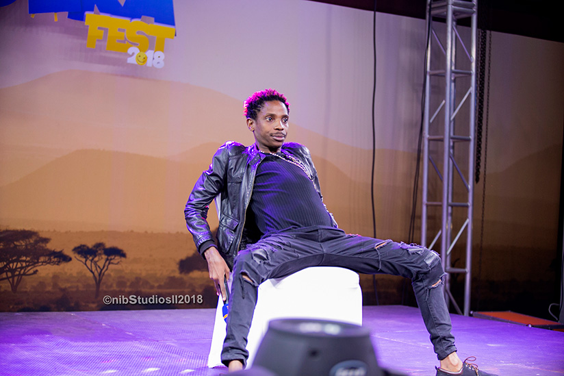 1522084547Celebrated-Kenyan-comedian-Eric-Omondi-on-stage