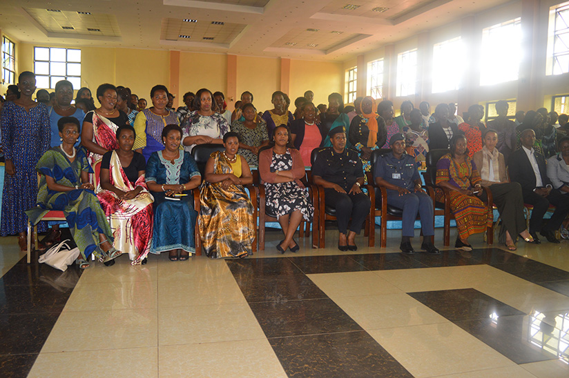 Participants and government officials take a group photo after the retreat.