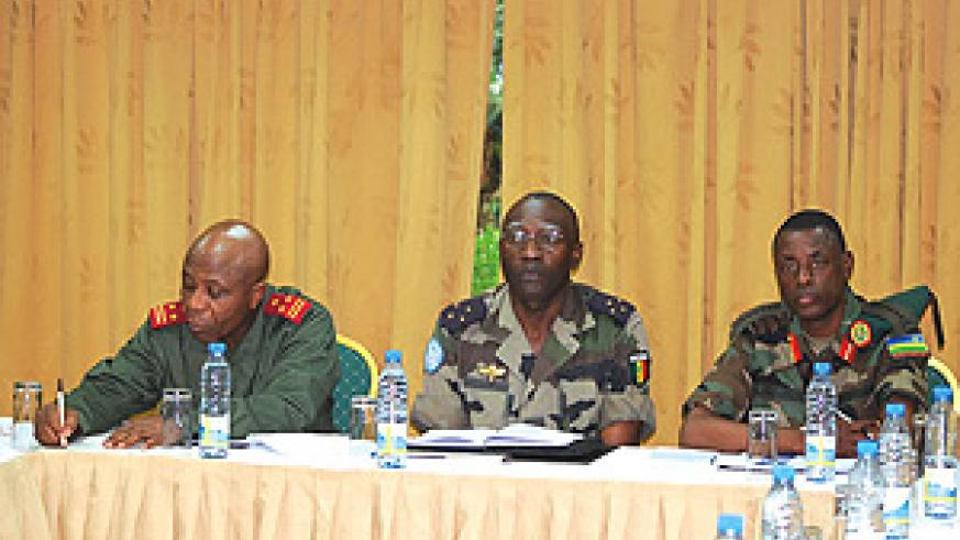 L-R: DR Congo's Gen. Dieudonnée Kayembe , Lt. Gen. Babacar Gaye of Monuc and Gen. Kabarebe at the meeting yesterday. (Courtesy photo)