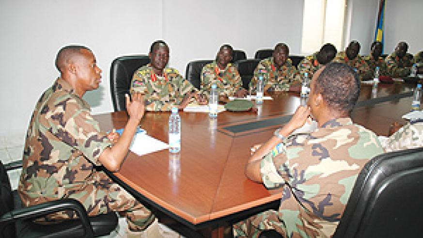 Chief of General Staff, General James Kabarebe addressing the SPLA contingent at MINADEF headquarters. (Photo J. Mbanda).