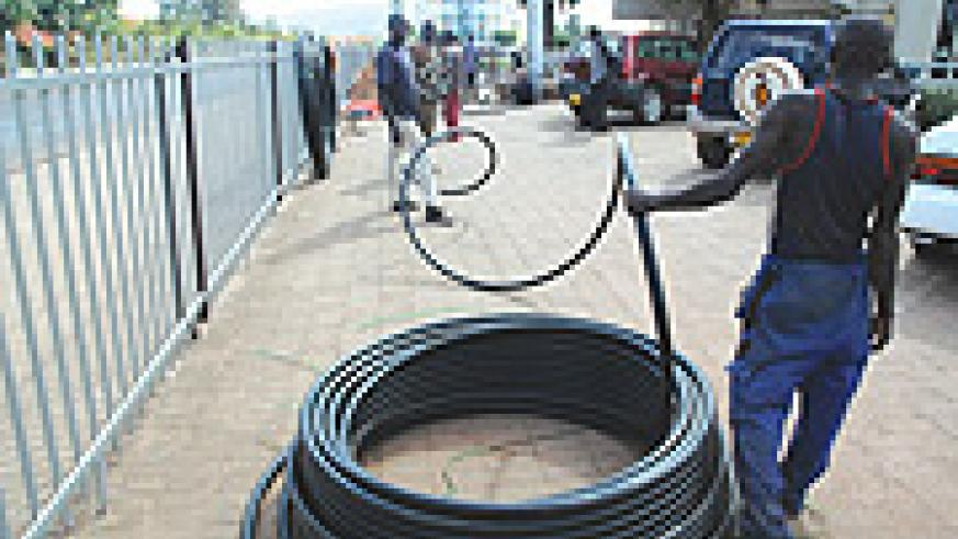 Fibre  optic cables to increase bandwidth. (File Photo)