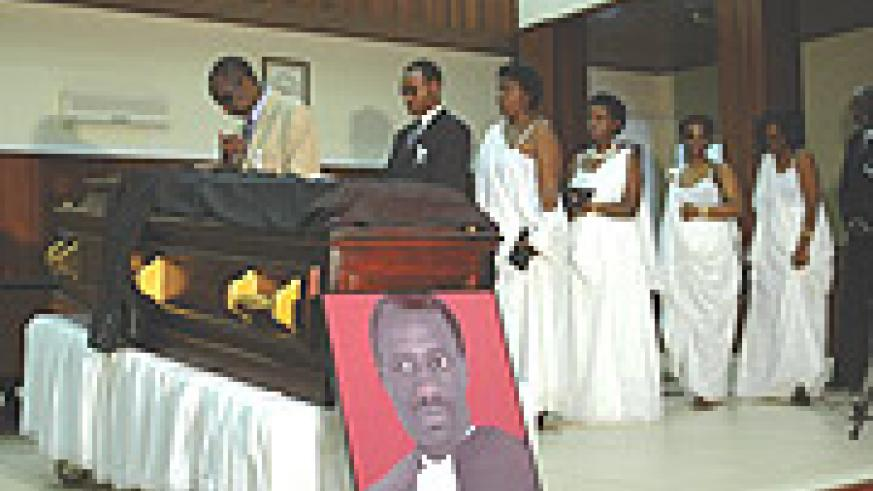 Family Members paying their last respects to the late Mutagwera at the Supreme Court saturday.