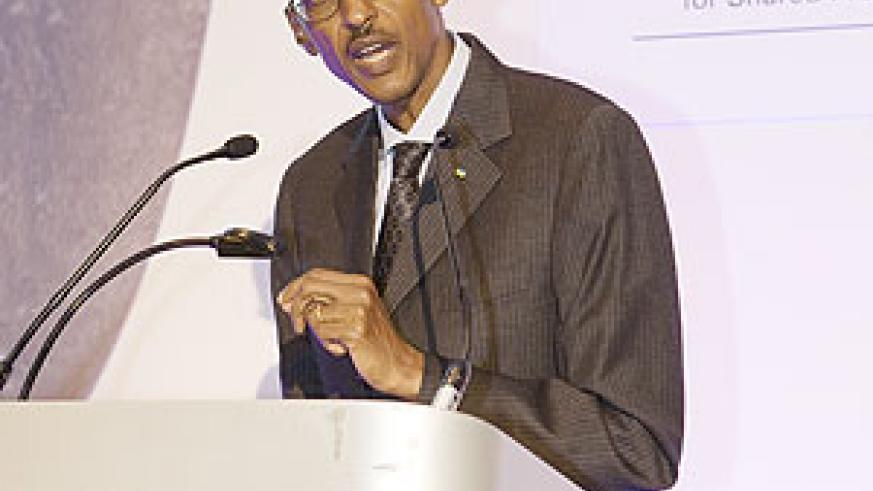 President Kagame addressing the Commonwealth Business Council in London (Courtesy Photo)