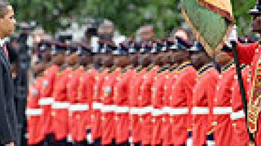 Barack Obama inspecting a Ghanaian guard of honour