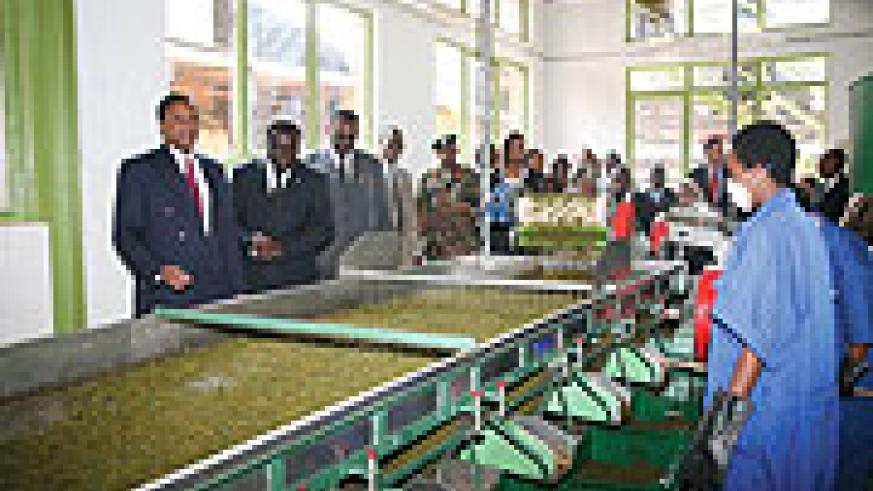 Visitors inspecting the new processing plant in Rulindo (Photo G. Ntagungira).