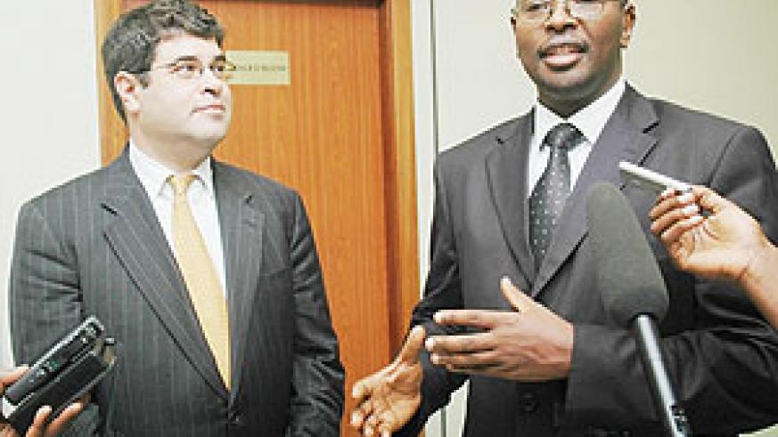 US Deputy Secretary of the Treasury Neal Wolin (L) and Finance Minister, James Musoni talking to the Press.(Photo J Mbanda).