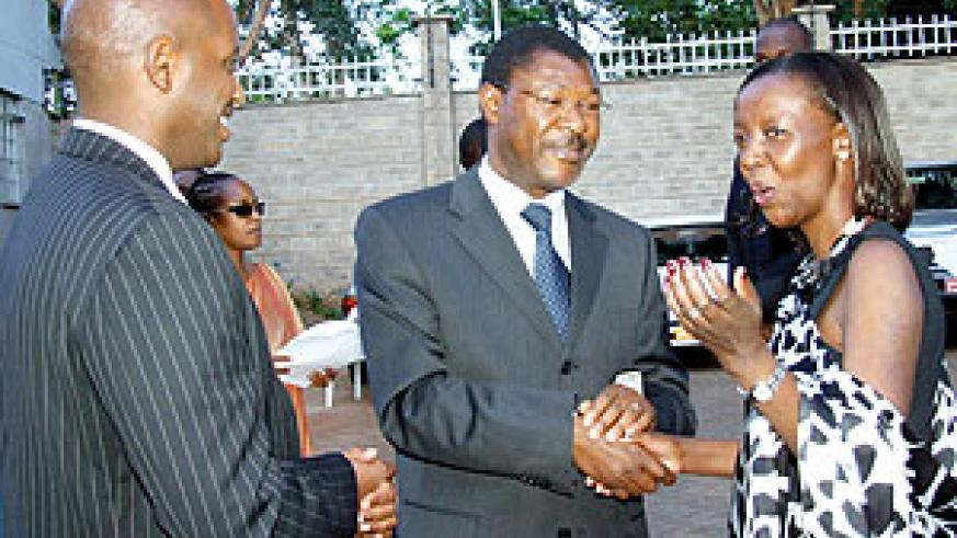 Rwanda's Foreign Affairs Minister Louise Mushikiwabo, her  Kenyan counterpart,  Moses Wetangula  and Rwanda's High Commissioner to Kenya,  Bill Kayonga at yesterday's official unveiling of the new Embassy premises.
