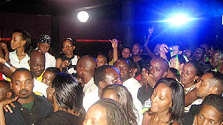 Music lovers thronged B-Club for the End of Year party.