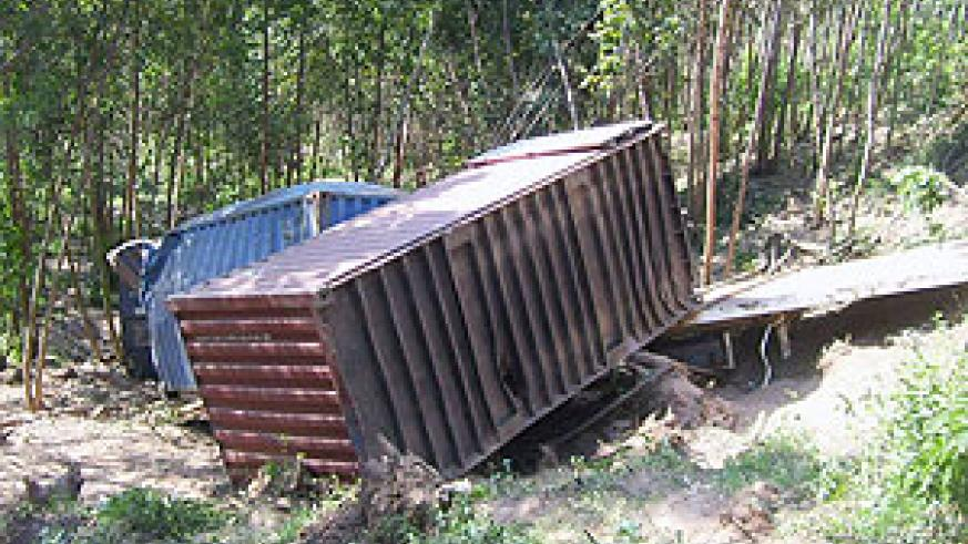 The mangled wreck of the trailer which was involved in an accident.(Photo: A. Gahene)