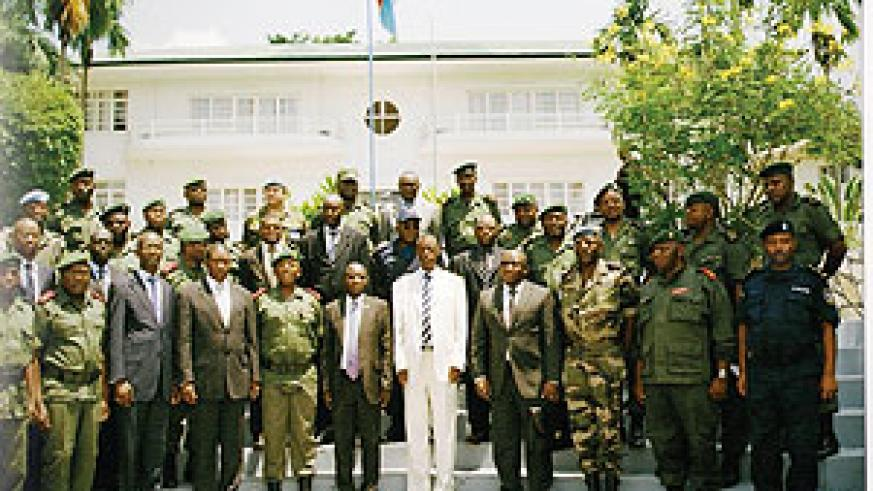 Military chiefs and their delegations in a group during their meeting in Matadi