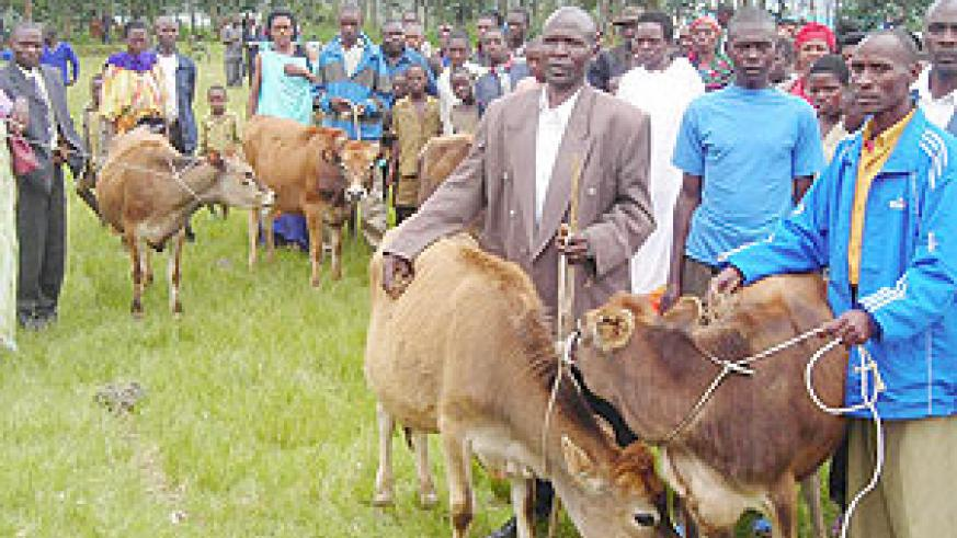 Residents decided on the next beneficiaries of the heifers.(Photo: B. Mukombozi)
