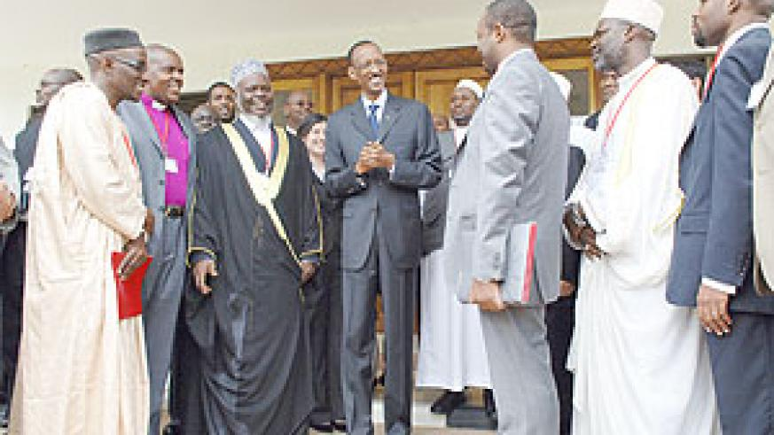 President Paul Kagame speaking to the religious leaders yesterday. (Photo Urugwiro Village)