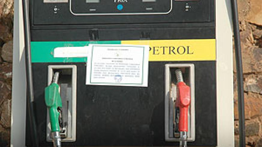 A gas pump at one of the filling stations in Kigali. Fuel prices may soon increase. (File Photo)