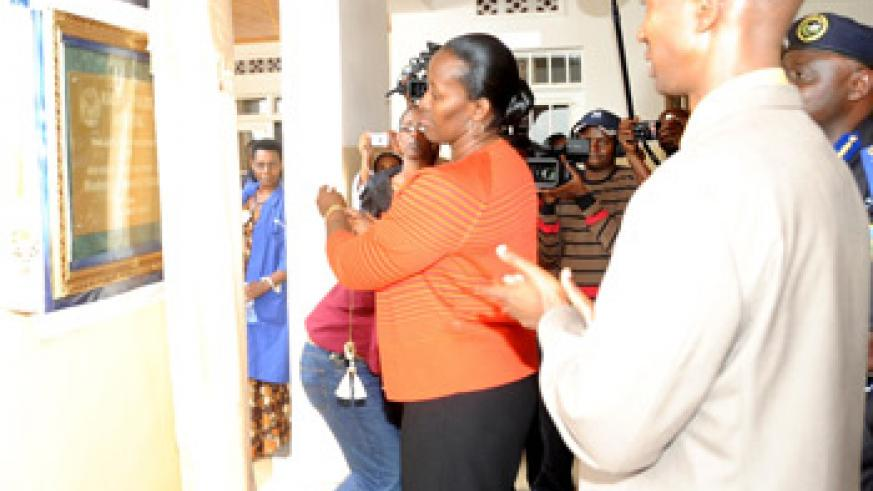 The First Lady, Jeannette Kagame inaugurating Police Hospital Kacyiru yesterday. (Photo J. Mbanda).