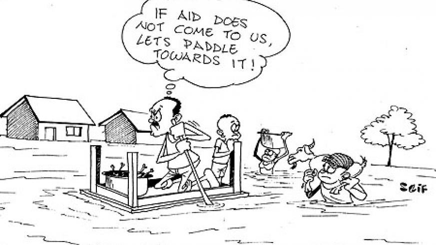 Flood victims of Musanze District are fleeing their homes with their property.