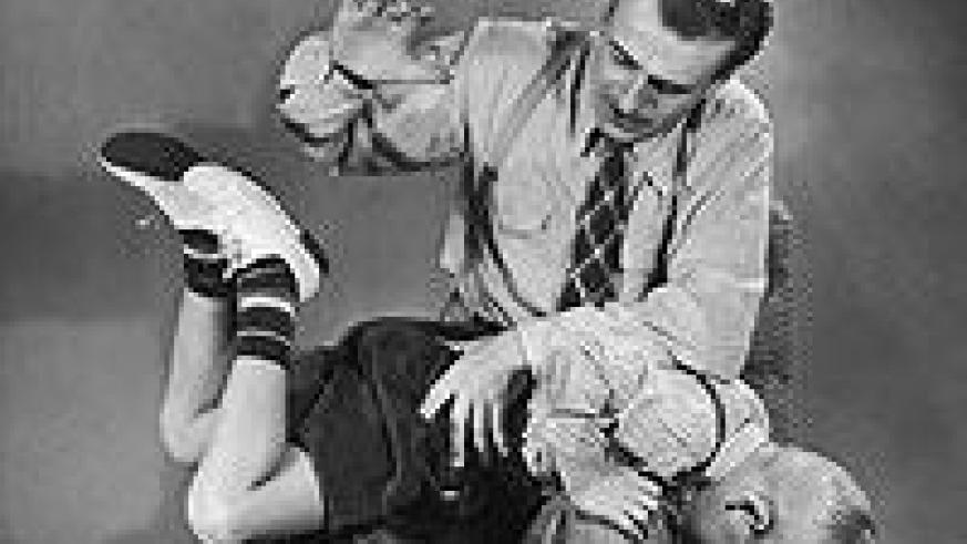 Spanking kids is sometimes a necessary disciplinary deed. Net photo.