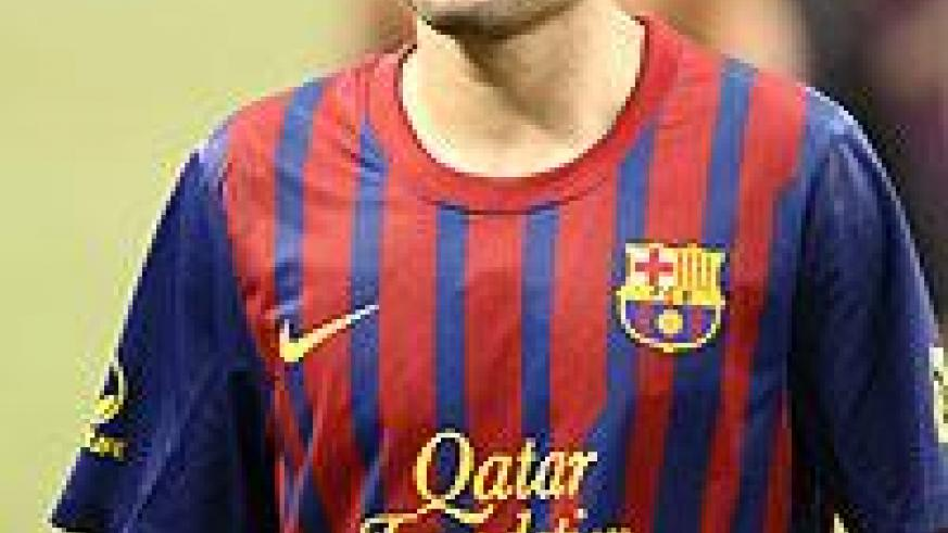 Iniesta has the chance to break the record against Granada on Tuesday. Net photo.