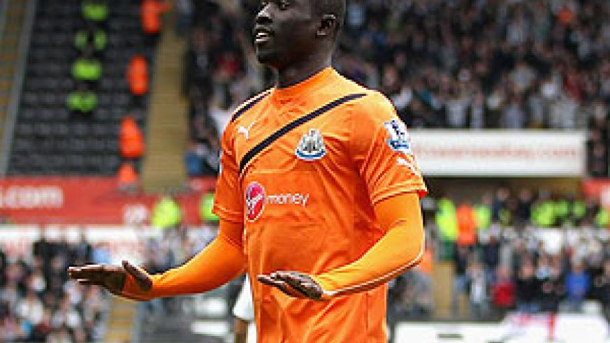 Papiss Cisse struck his eighth goal in eight games to put the Magpies ahead after five minutes. Net photo.