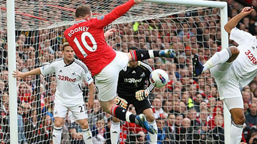 Manchester United faced Swansea at Old Trafford as they looked to go level on points at the top of the table. Net photo.