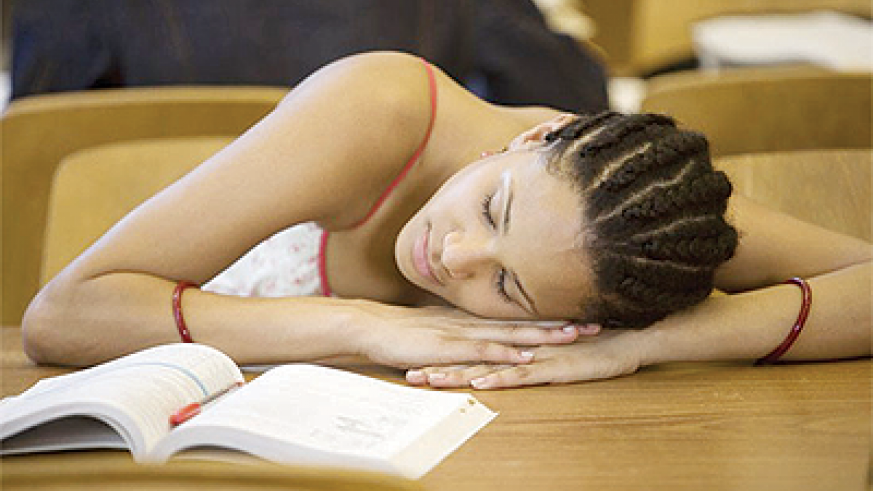 Late nights affect the academic participation of teenagers. Net photo.