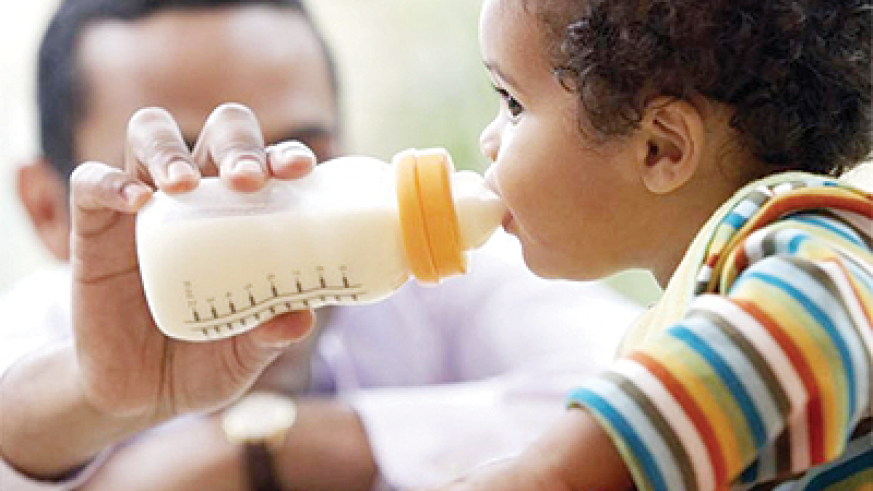All children feed on milk in order to grow. Net photo.