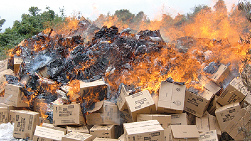 Contraband items sneaked into the country are set alight by authorities: The new body would curb against the entry of substabndard goods. The New Times / File.