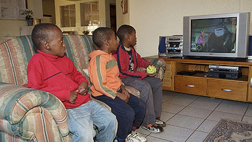Too much TV slows down physical development. Net photo.