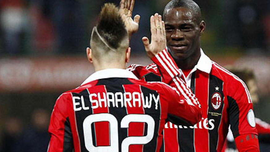 El Shaarawy is keen to get back into goals in the absence of Balotelli (right). Net photo.