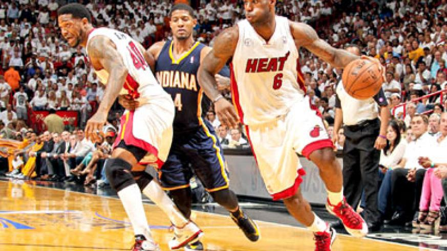 After imploring the Heat to play better, LeBron James scored 19 in the second-half of Miami's victory. Net photo.