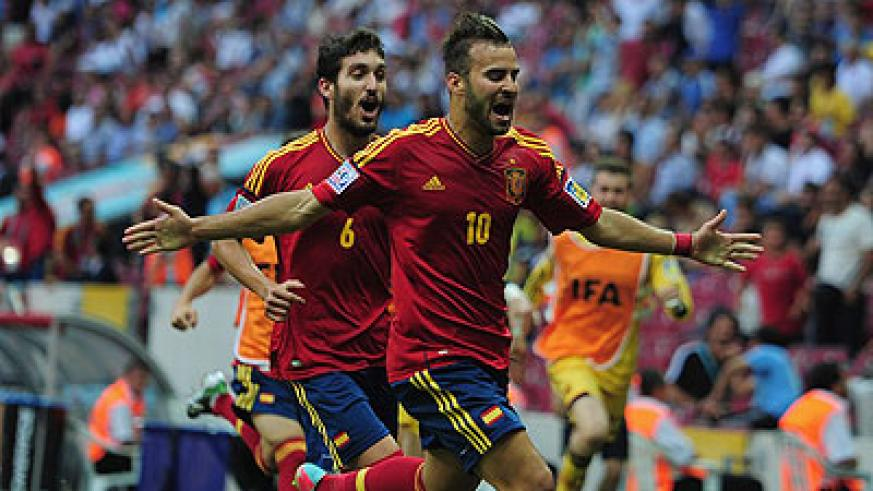 Jese of Spain celebrates after scoring the late winner against Mexico. Net photo.