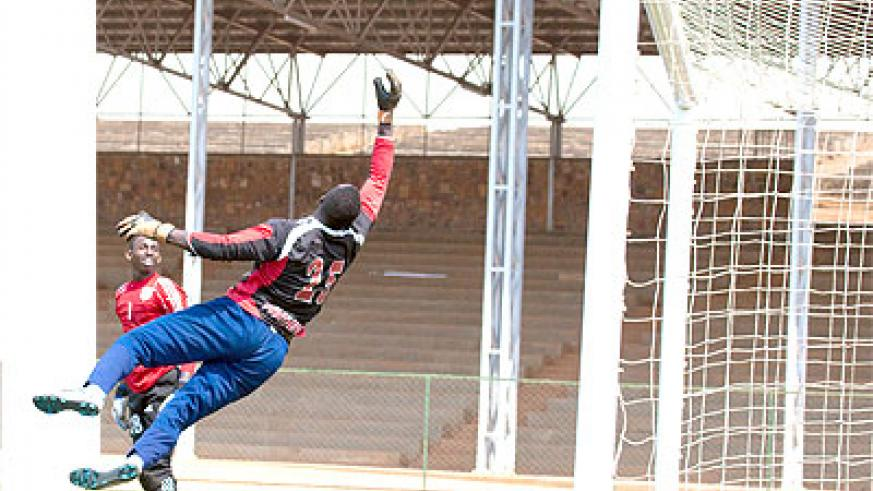 The battle to replace Ndoli for next month's game will be between Evariste Mutuyimana (right) and Emery Mvuyekure (left). Times Sport / T. Kisambira.