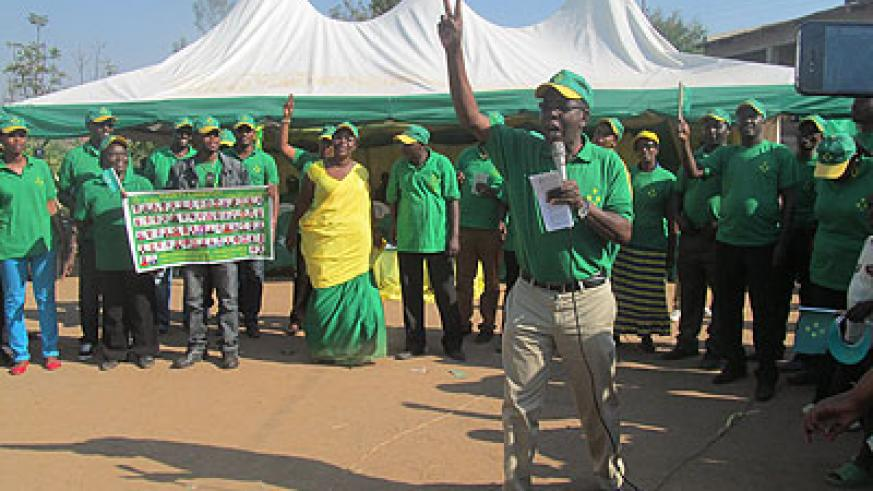 Incumbent MP Evariste Kalisa leads a morale boosting session during the rally in Ruhango.  The New Times/ Jean de la Croix Tabaro