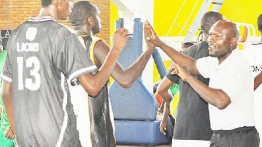 Cliff Owuor (R) has admitted that APR has fallen behind archrivals Espoir but remains hopeful that will change sooner than later. Times Sport / P. Muzogeye.