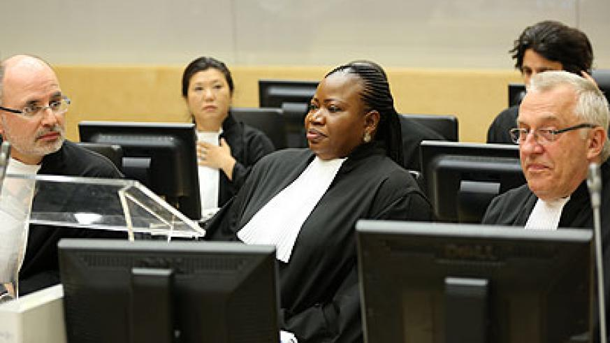 ICC Prosecutor, Fatou Bensouda (C), and her Prosecution team. Net photo.