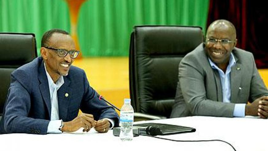 President Kagame with Prime Minister Habumuremyi during the retreat yesterday. Sunday Times/Village Urugwiro