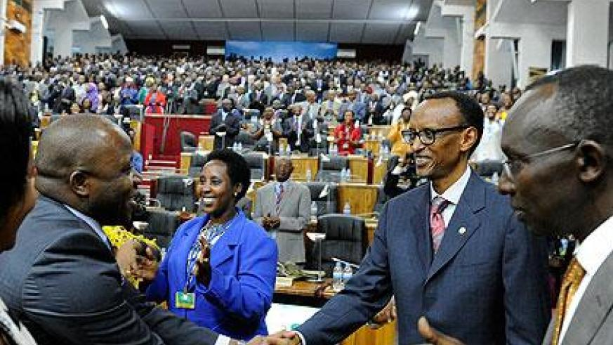 President Kagame greeting some of the participants during the Dialogue. The New Times/Village Urugwiro