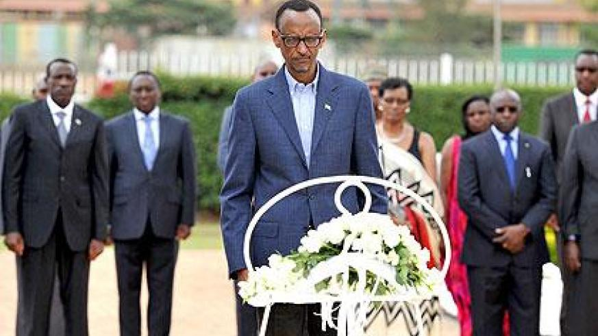 President Kagame lays a wreath at the Heroes Mausoleum in Remera, Kigali. Sunday Times/Village Urugwiro