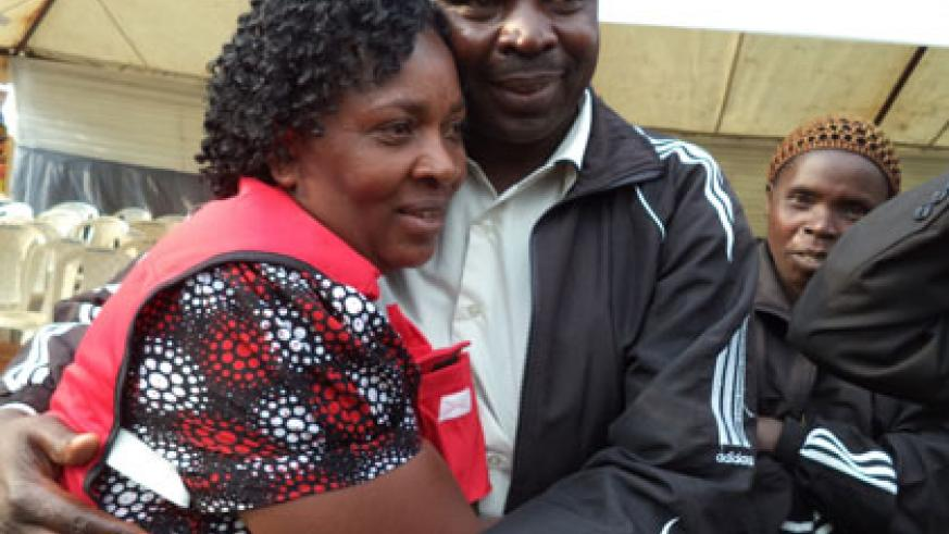 Residents hailed Ndagijimana's acts and took turns to congratulate him for his courage.  Jean Pierre Bucyensenge.