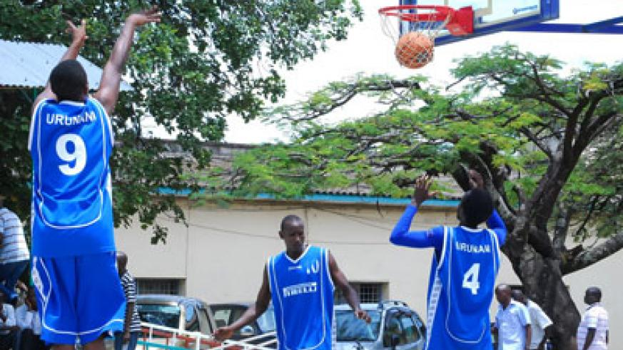 Urunani players going throuh shooting practice before last year's final against Espoir in Bujumbura. File photo