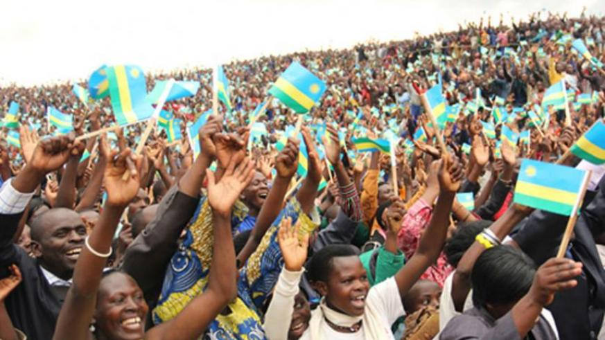 Nyamagabe residents during President Kagame's tour of the district in July. (Net photo)