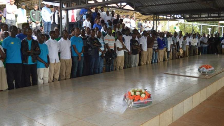 Students pay tribute to victims of the 1994 Genocide against the Tutsi. (John Mbaraga)