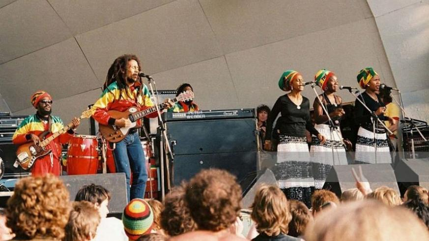 Bob Marley and The I-Threes perform on stage at Crystal Palace Bowl on June 7, 1980 in London, UK. (Net photo)