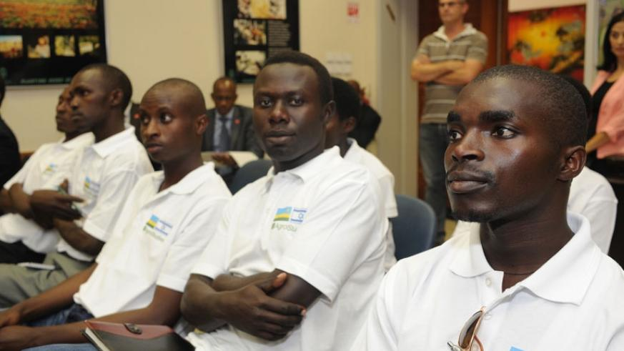 Some of the Rwandan youths who studied modern agriculture in Israel during their meeting with President Paul Kagame in 2013. (Village Urugwiro)