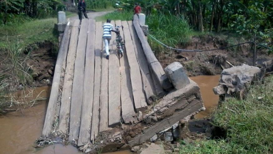 One of bridges destroyed by the recent landslides in Gakenke. The bridge connects Gakenke, Muhanga and Nyabihu districts. (Regis Umurengezi)