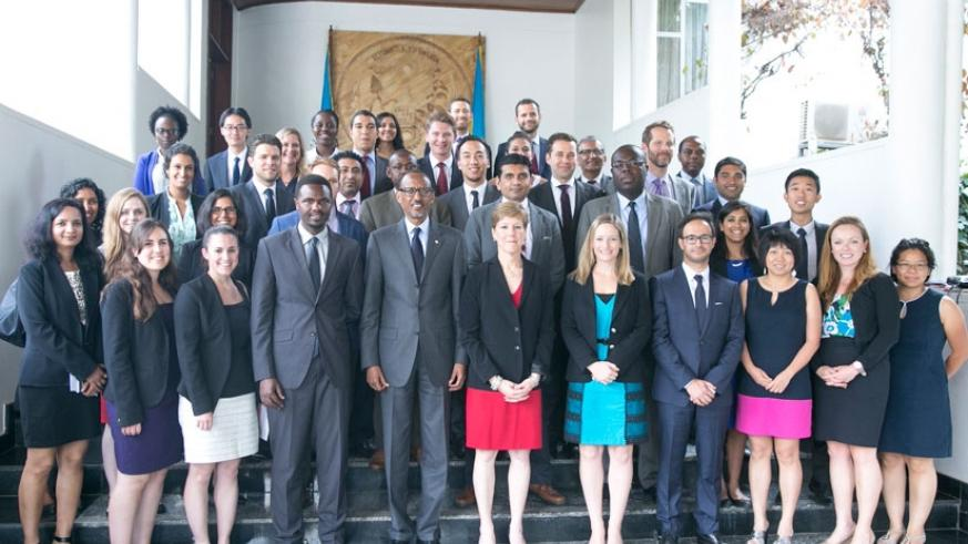 President Kagame in a group photo with Wharton Business School students in Kigali yesterday. (Village Urugwiro)