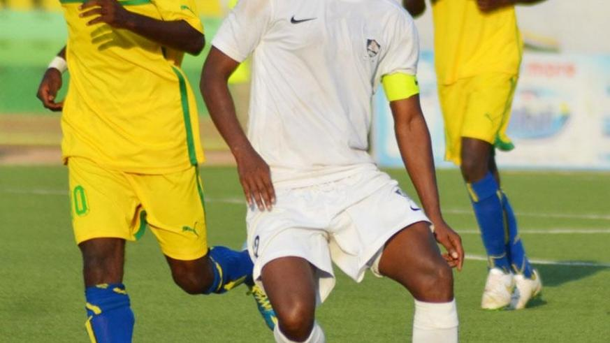 Jean-Claude Iranzi (C) in action against AS Kigali in a past league game. / Internet photo.